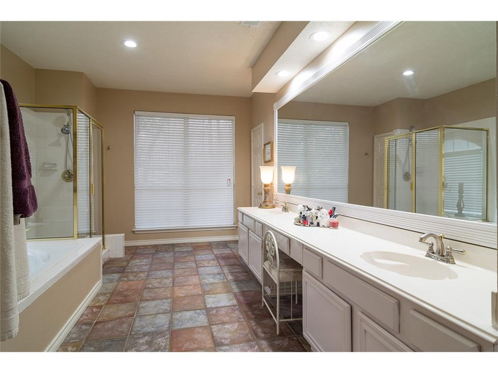Sold Property | 8550 Shadybrooke Court North Richland Hills, Texas 76182 16