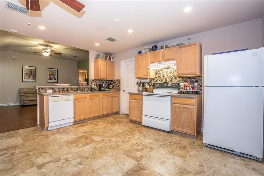 Sold Property | 2825 Briargrove Lane McKinney, Texas 75071 4