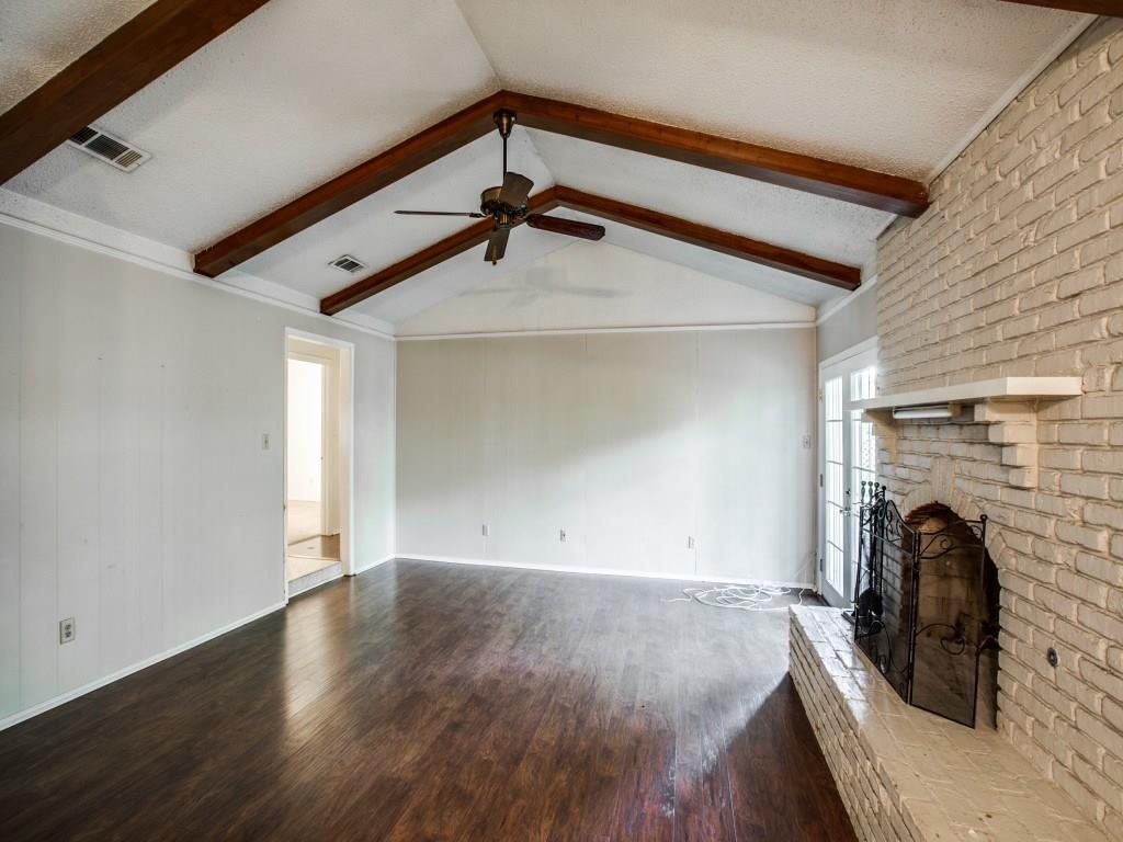 Sold Property | 1008 Lake Charles Avenue Fort Worth, Texas 76103 9