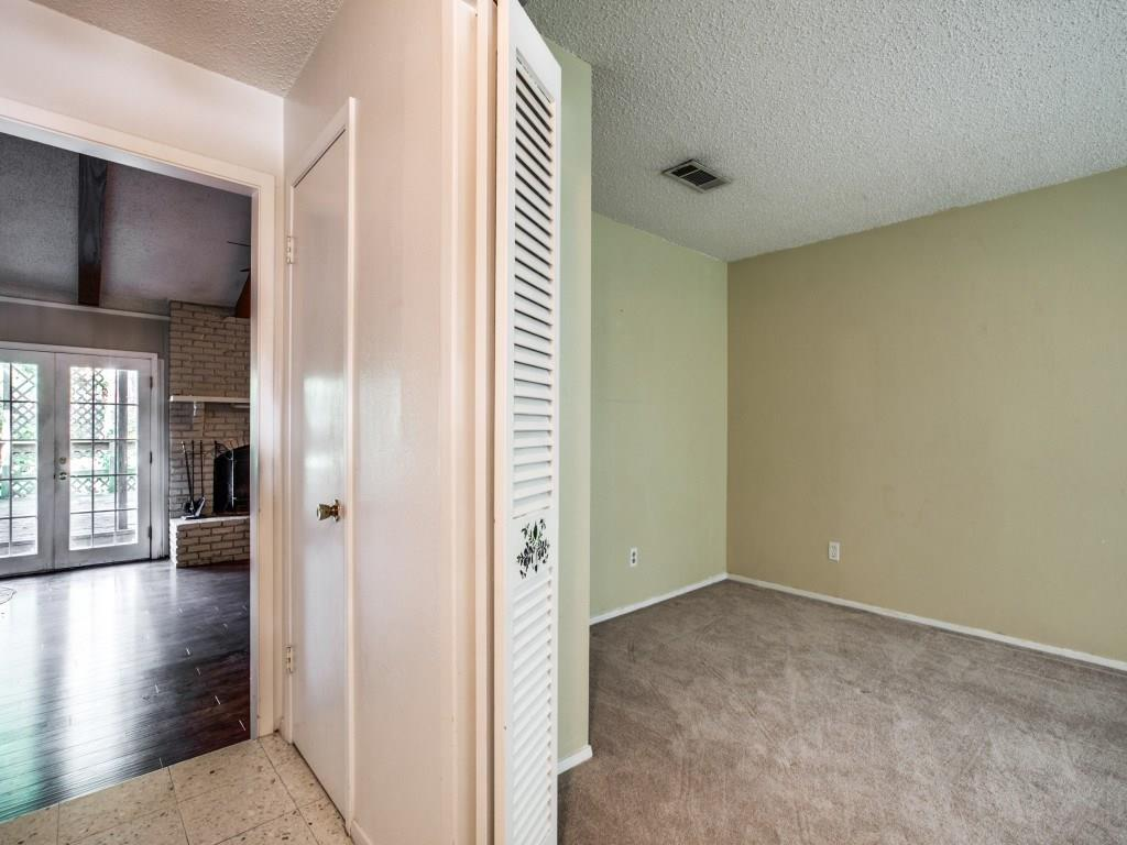Sold Property   1008 Lake Charles Avenue Fort Worth, Texas 76103 5