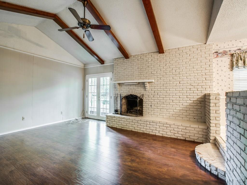 Sold Property | 1008 Lake Charles Avenue Fort Worth, Texas 76103 8