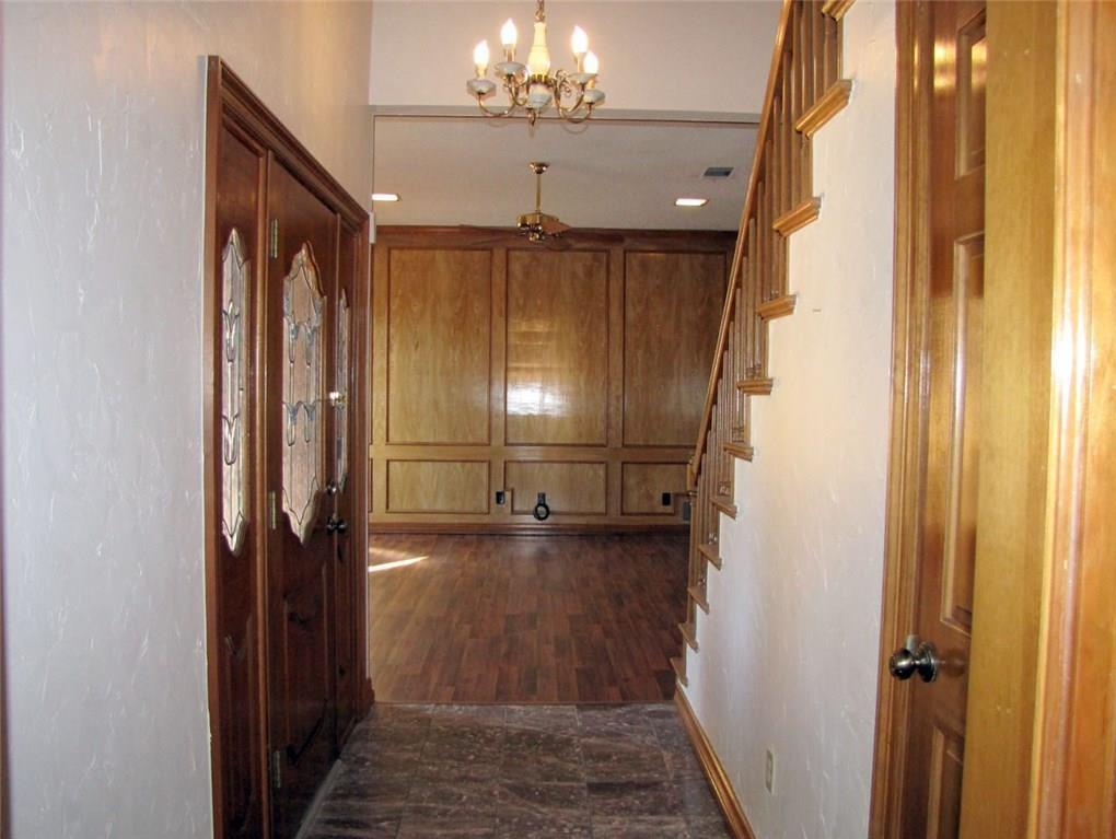 Sold Property | 2311 Eagle Park Lane Arlington, Texas 76011 3