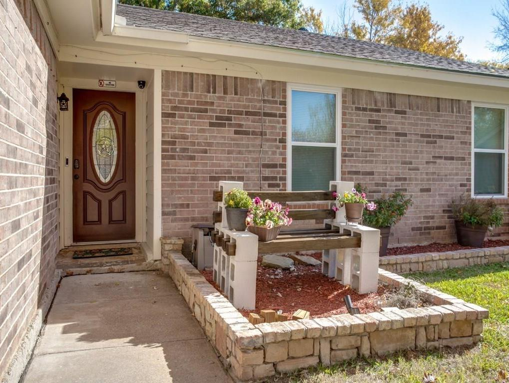Sold Property | 2605 N Capistrano Court Arlington, Texas 76015 1