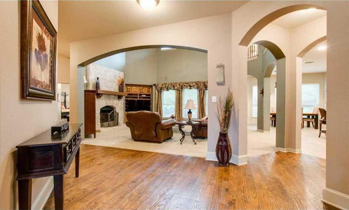 Frisco Custom Homes   15973 Christopher Lane Frisco, TX 75035 9