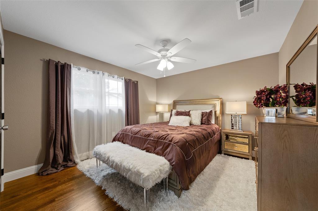 Active | 9948 Lakemont Drive Dallas, TX 75220 24