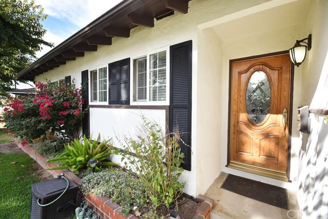 Closed | 2831 Peyton  La Verne, CA 91750 4