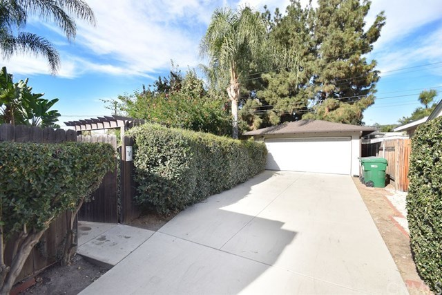 Closed | 2831 Peyton  La Verne, CA 91750 3