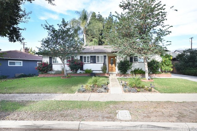 Closed | 2831 Peyton  La Verne, CA 91750 25