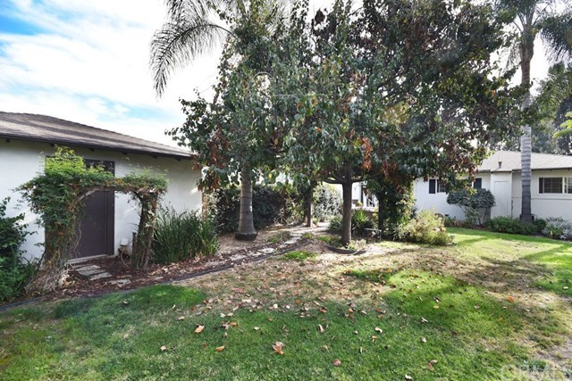 Closed | 2831 Peyton  La Verne, CA 91750 23