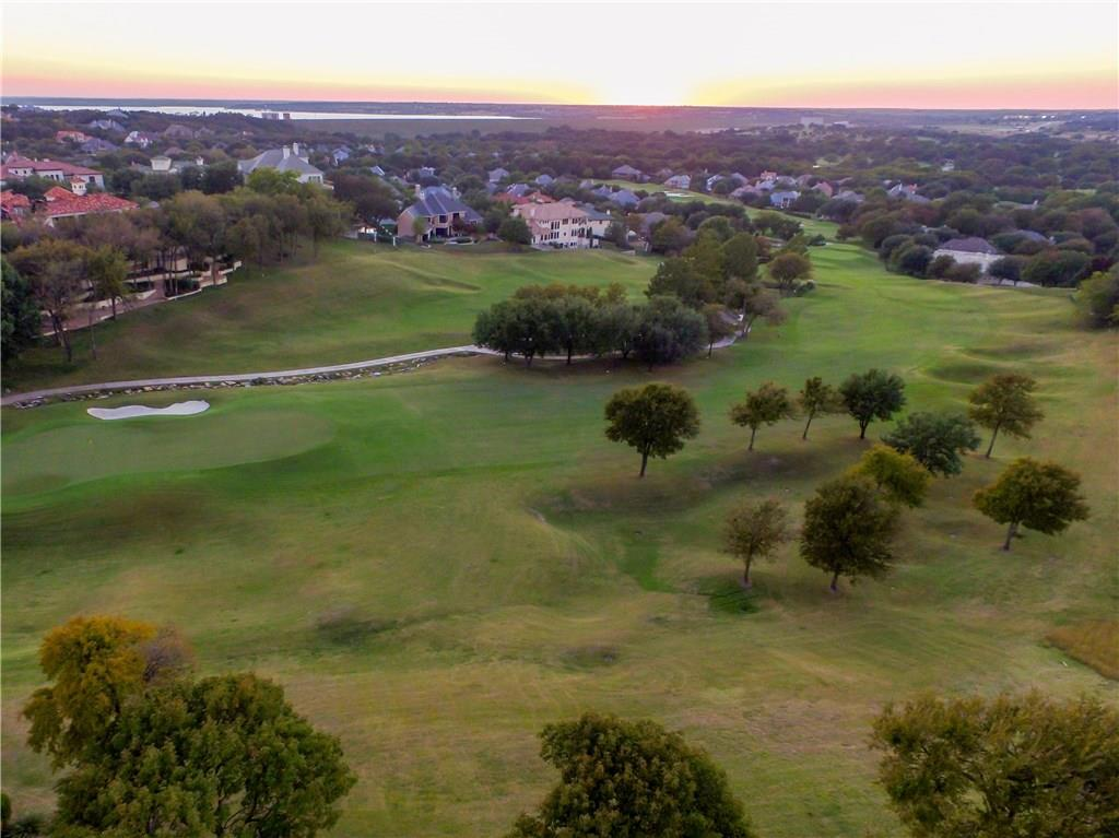 Sold Property | 6701 Foxpointe Road Fort Worth, Texas 76132 3