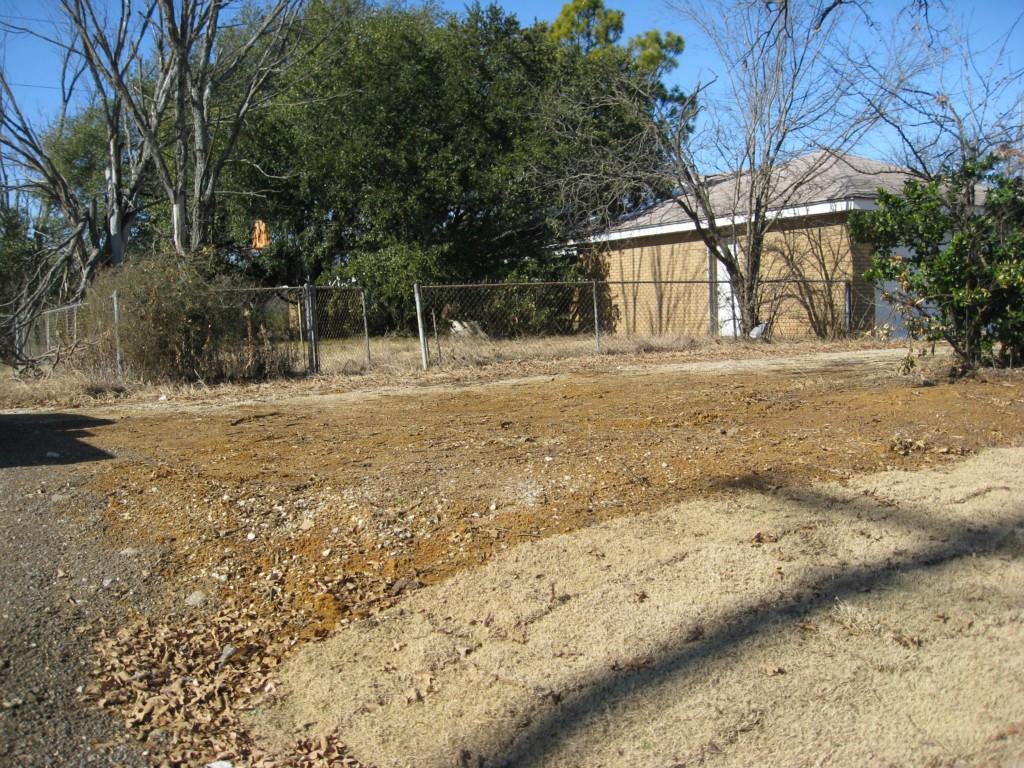 Active   524 S Loop 288  Denton, Texas 76205 11
