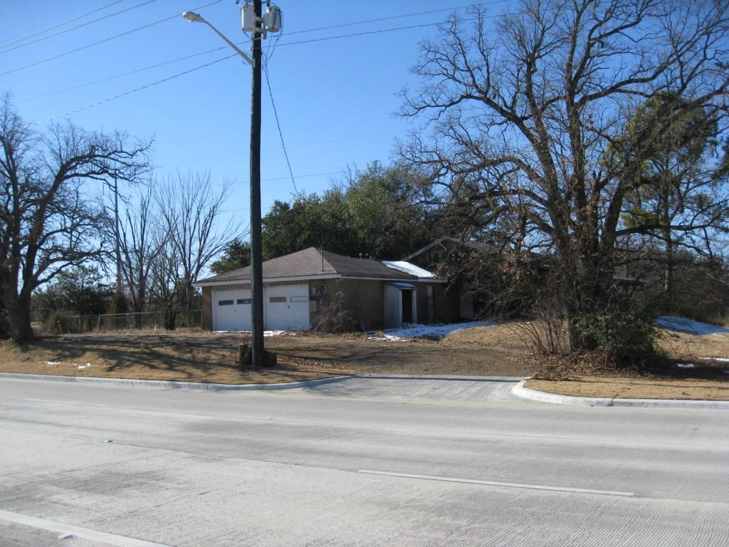 Active   524 S Loop 288  Denton, Texas 76205 2