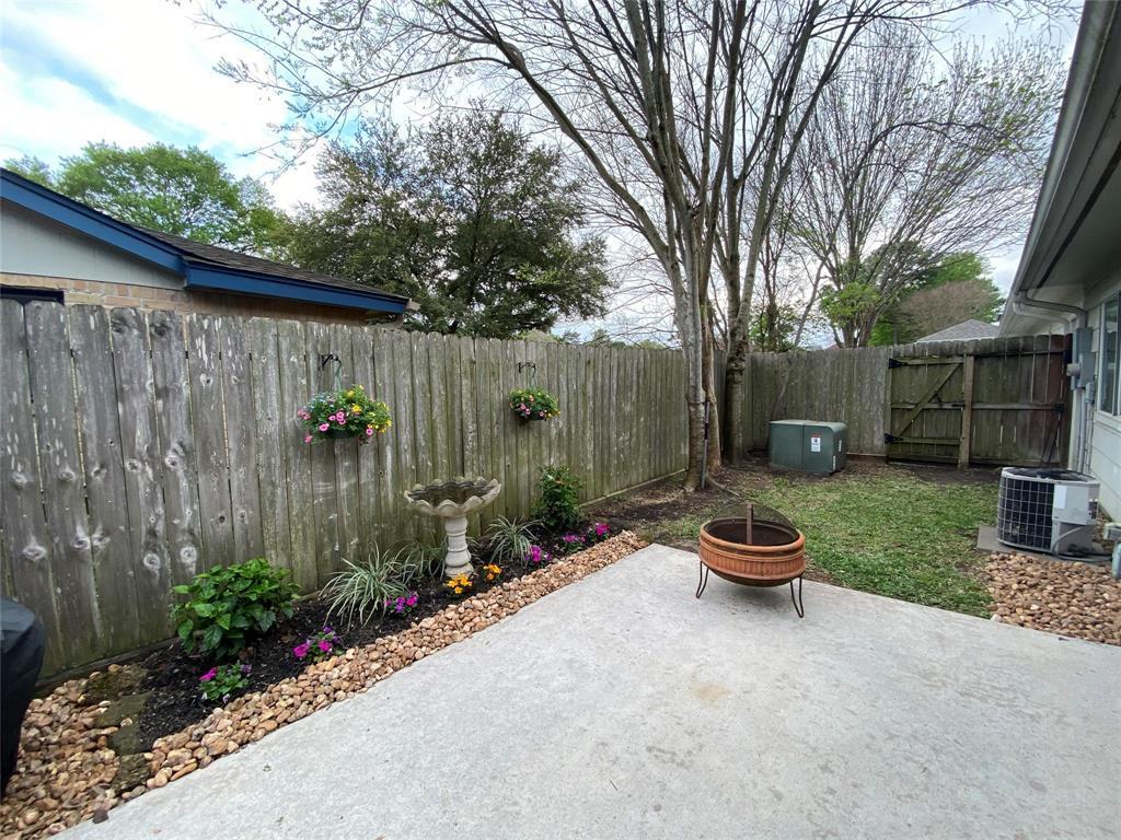Active | 10723 Norchester Village  Houston, TX 77070 23