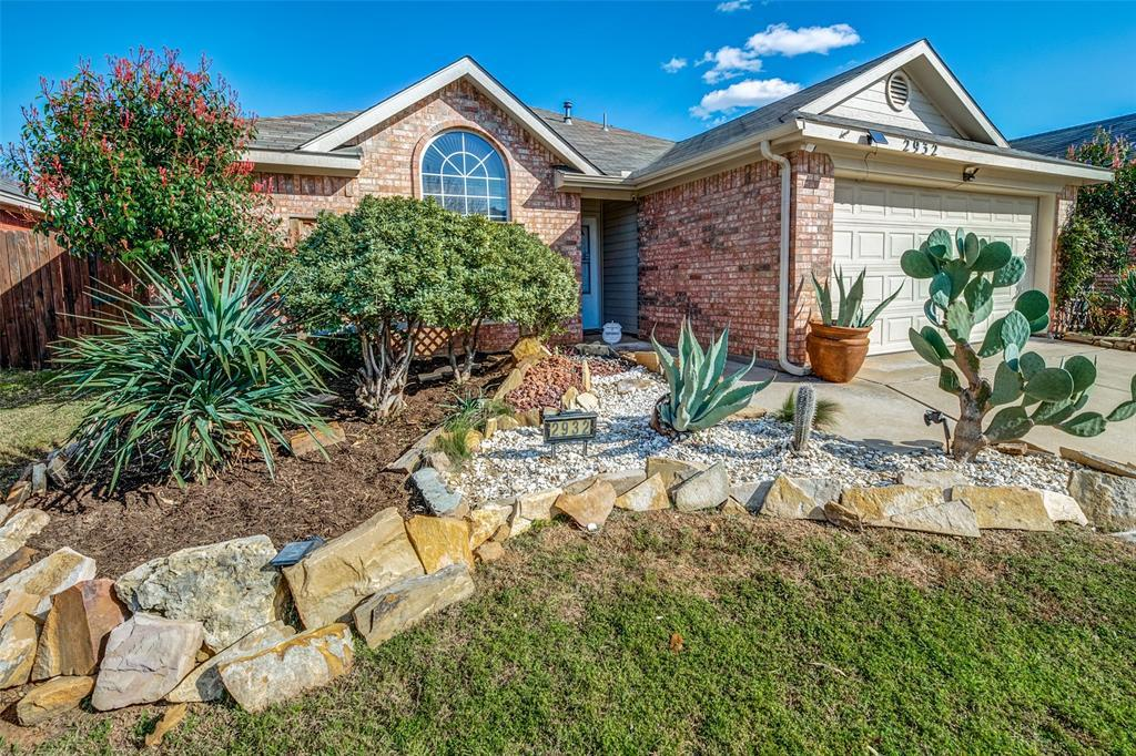 Sold Property | 2932 Timber Creek Trail Fort Worth, Texas 76118 2
