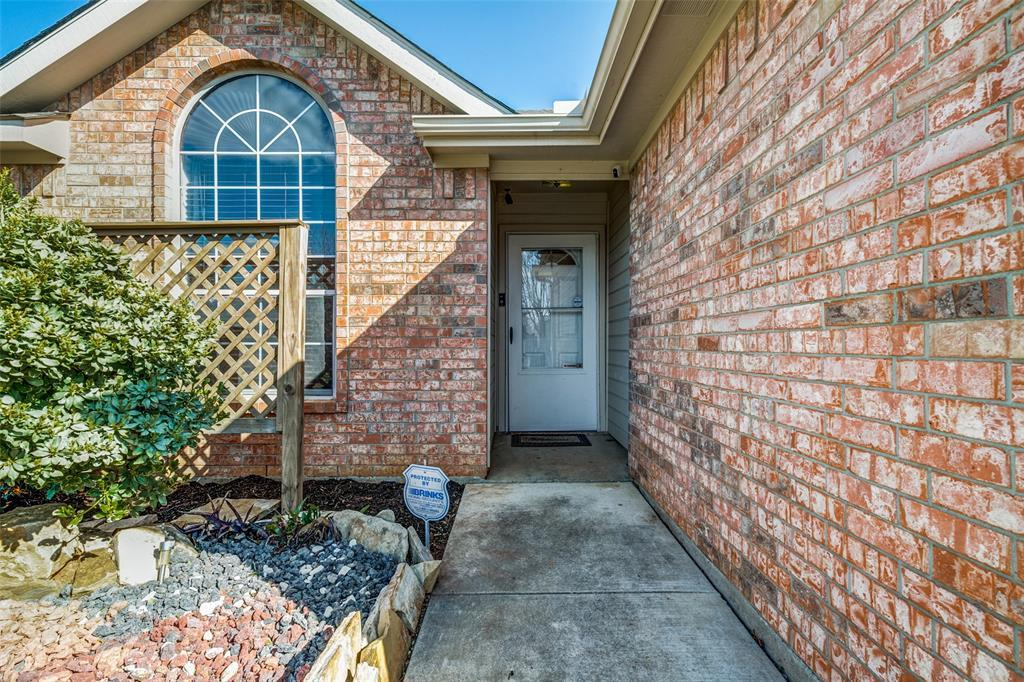 Sold Property | 2932 Timber Creek Trail Fort Worth, Texas 76118 4