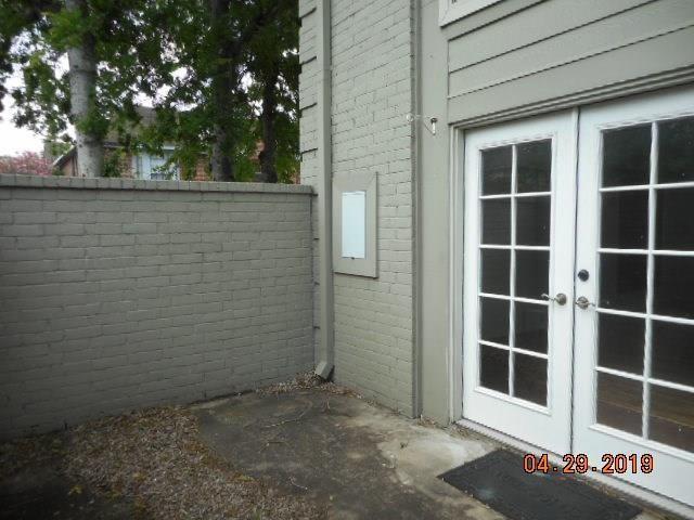 Pending   2222 Hopkins  Street Houston, TX 77006 2