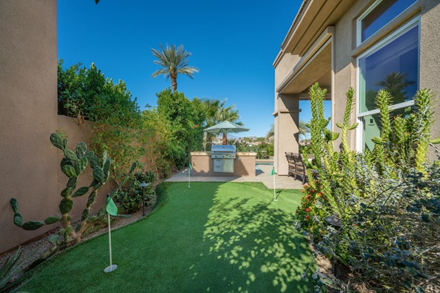 Closed | 51677 Via Sorrento La Quinta, CA 92253 36