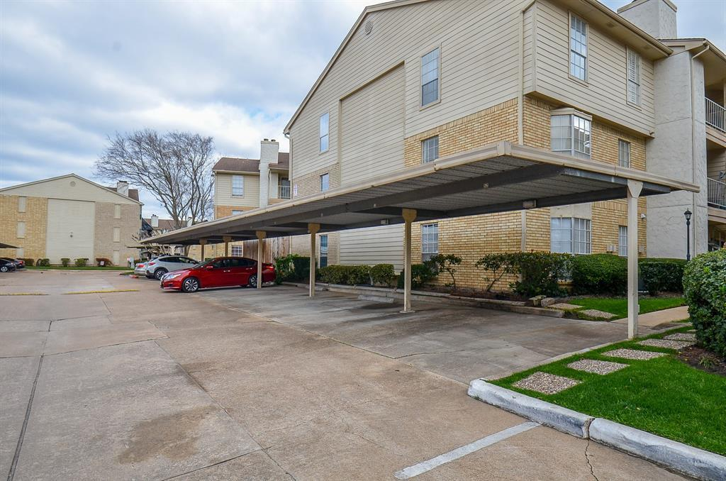 Active | 12550 Whittington Drive #6/615 Houston, TX 77077 30