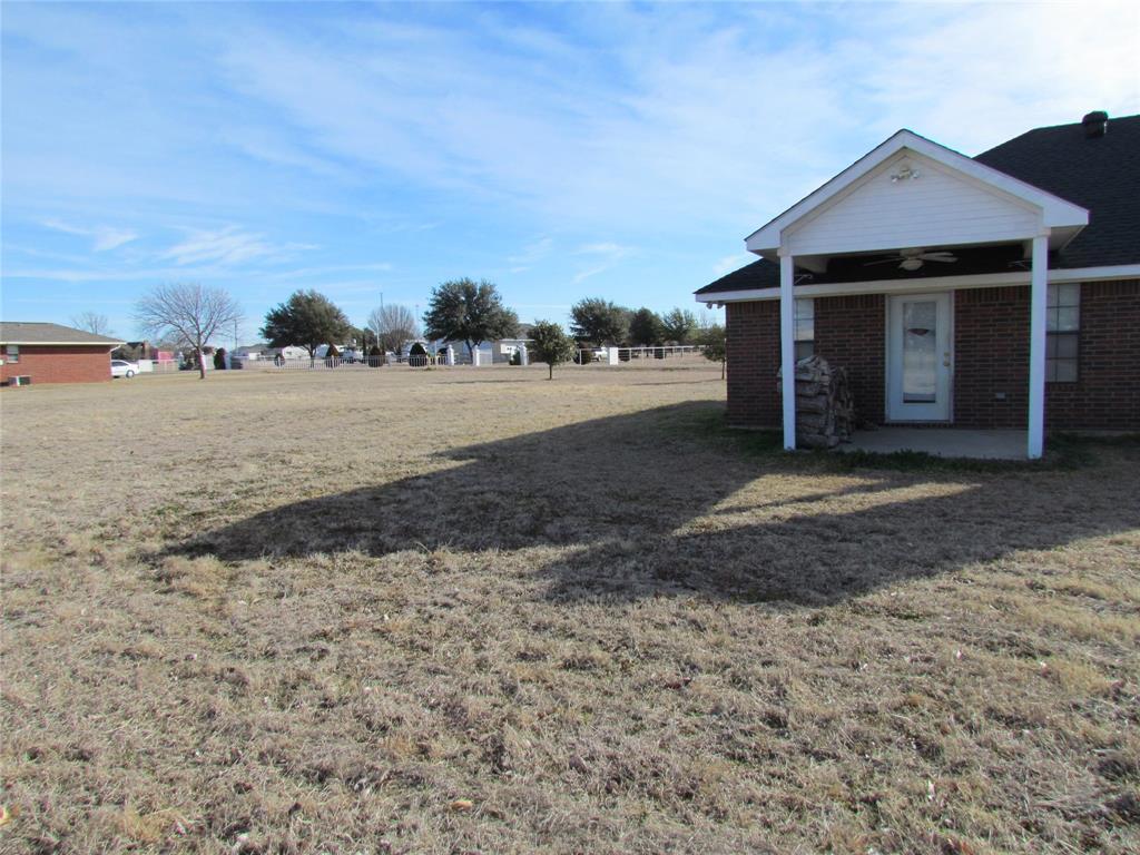 Sold Property | 704 Arapaho Street Tioga, Texas 76271 4