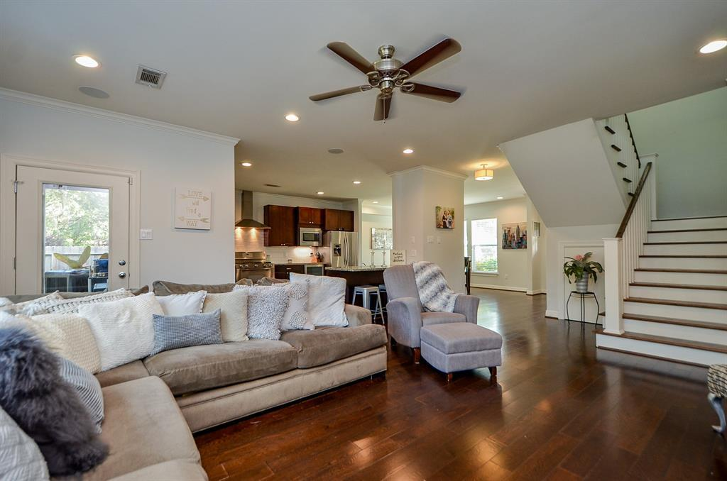 Pending Continue to Show | 5102 Poinciana  Drive Houston, TX 77092 10