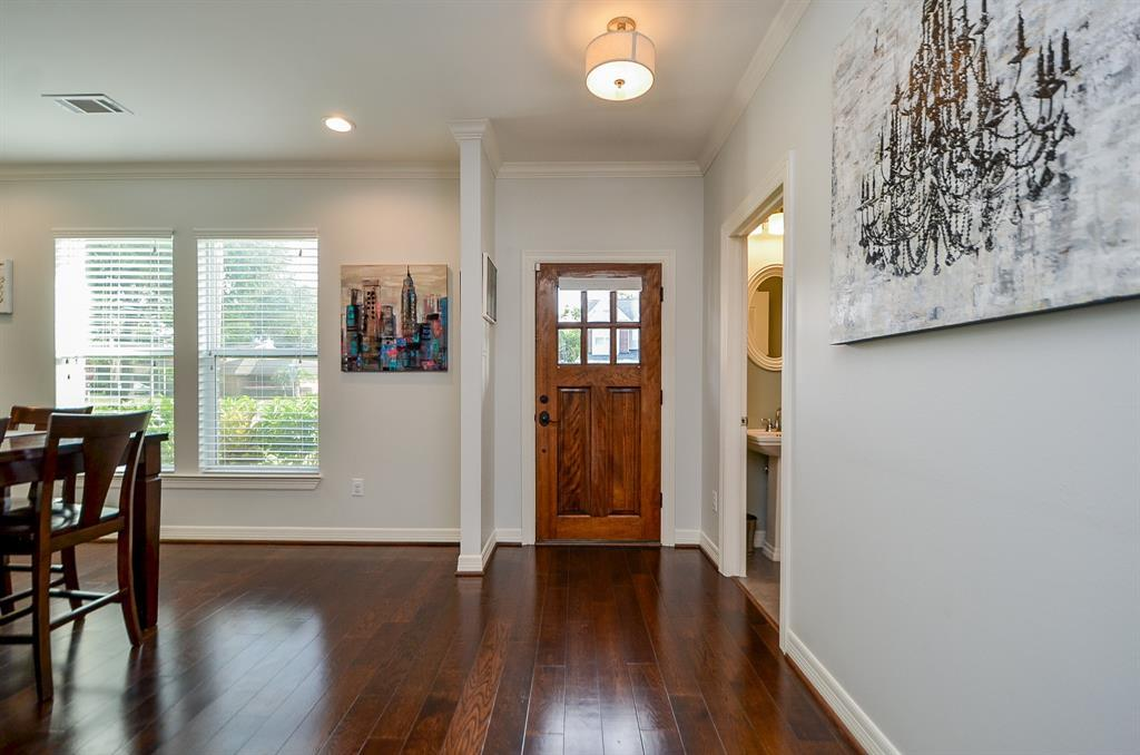Pending Continue to Show | 5102 Poinciana  Drive Houston, TX 77092 3