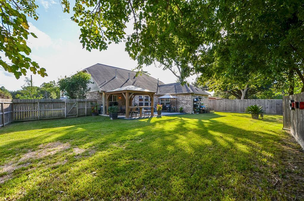 Pending Continue to Show | 5102 Poinciana  Drive Houston, TX 77092 30