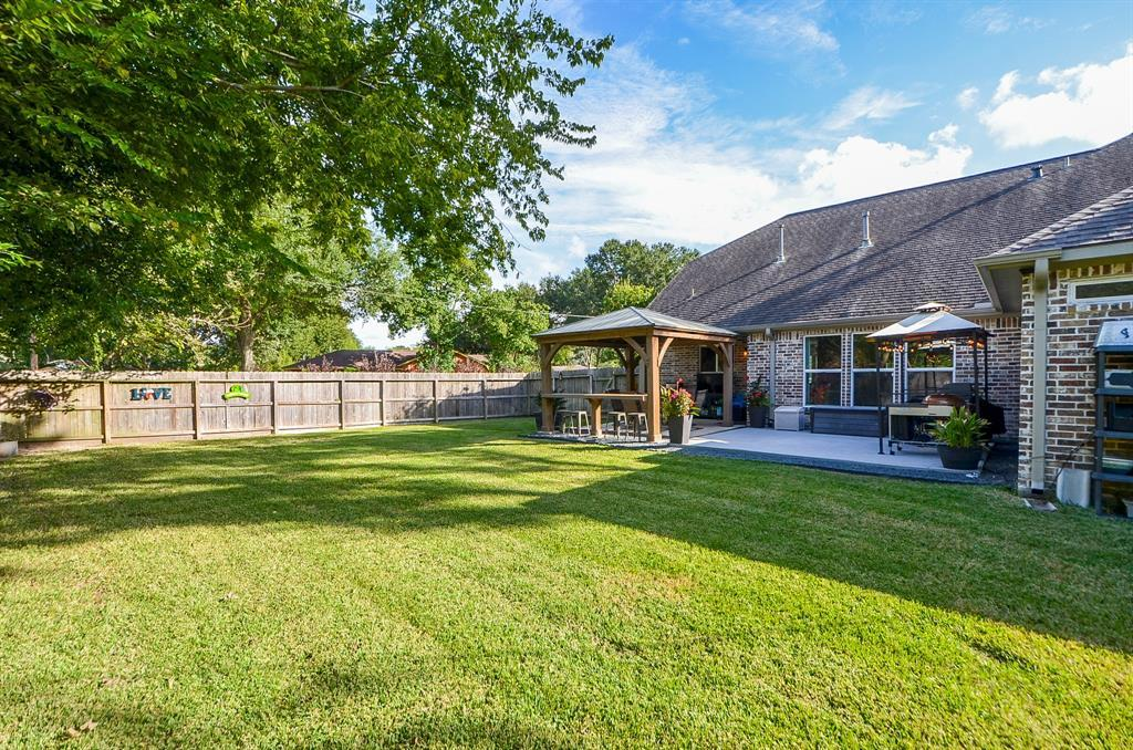 Pending Continue to Show | 5102 Poinciana  Drive Houston, TX 77092 31