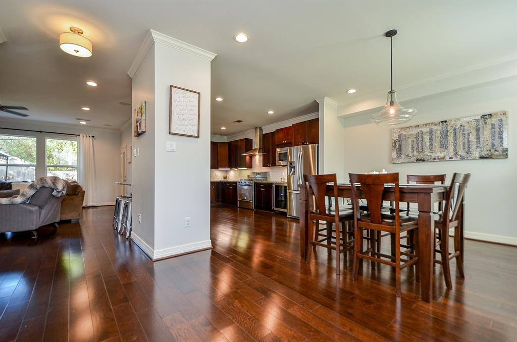 Pending Continue to Show | 5102 Poinciana  Drive Houston, TX 77092 6