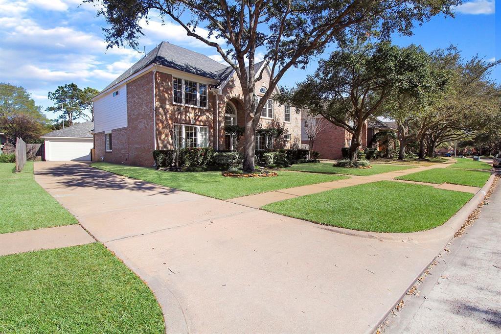 Off Market   22030 Treesdale Lane Katy, TX 77450 1
