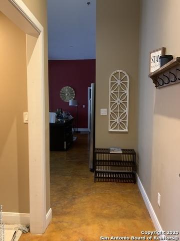 Property for Rent | 831 S FLORES ST  San Antonio, TX 78204 3