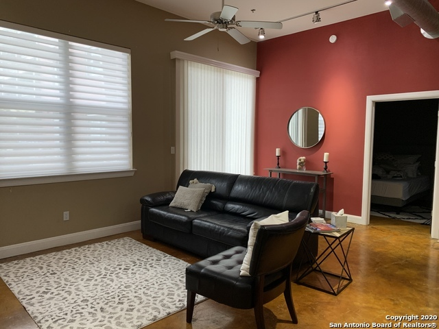 Property for Rent | 831 S FLORES ST  San Antonio, TX 78204 5