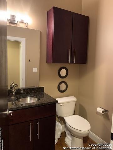 Property for Rent | 831 S FLORES ST  San Antonio, TX 78204 10
