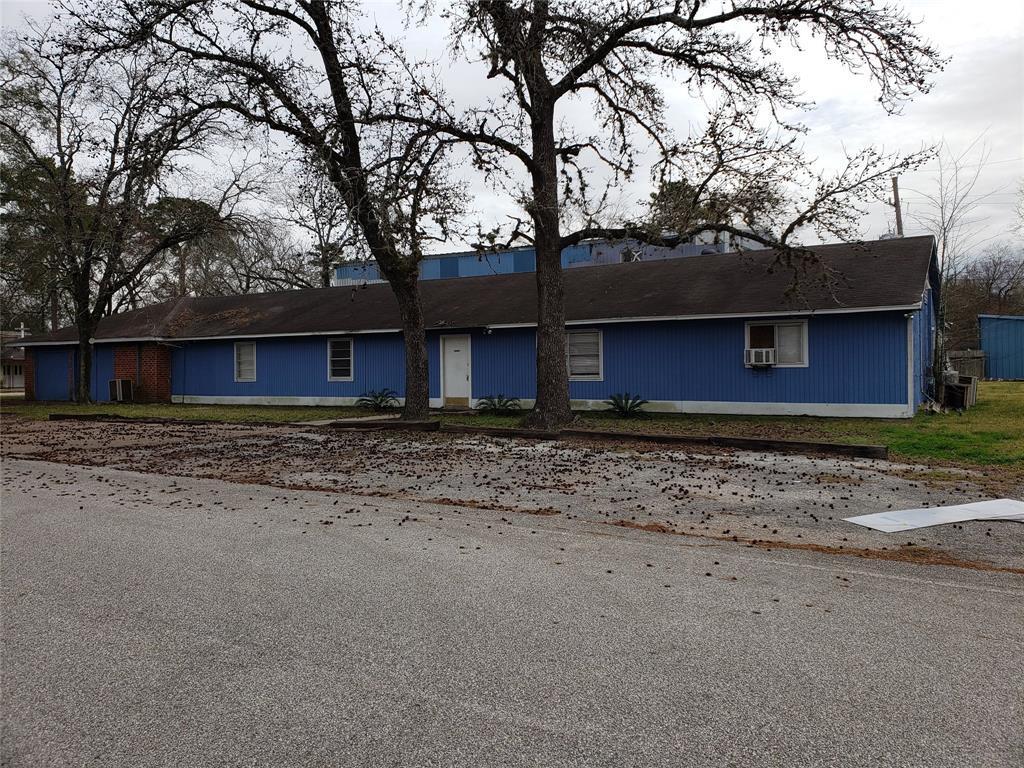 Active | 15519 Silver Ridge Drive Houston, Texas 77090 6