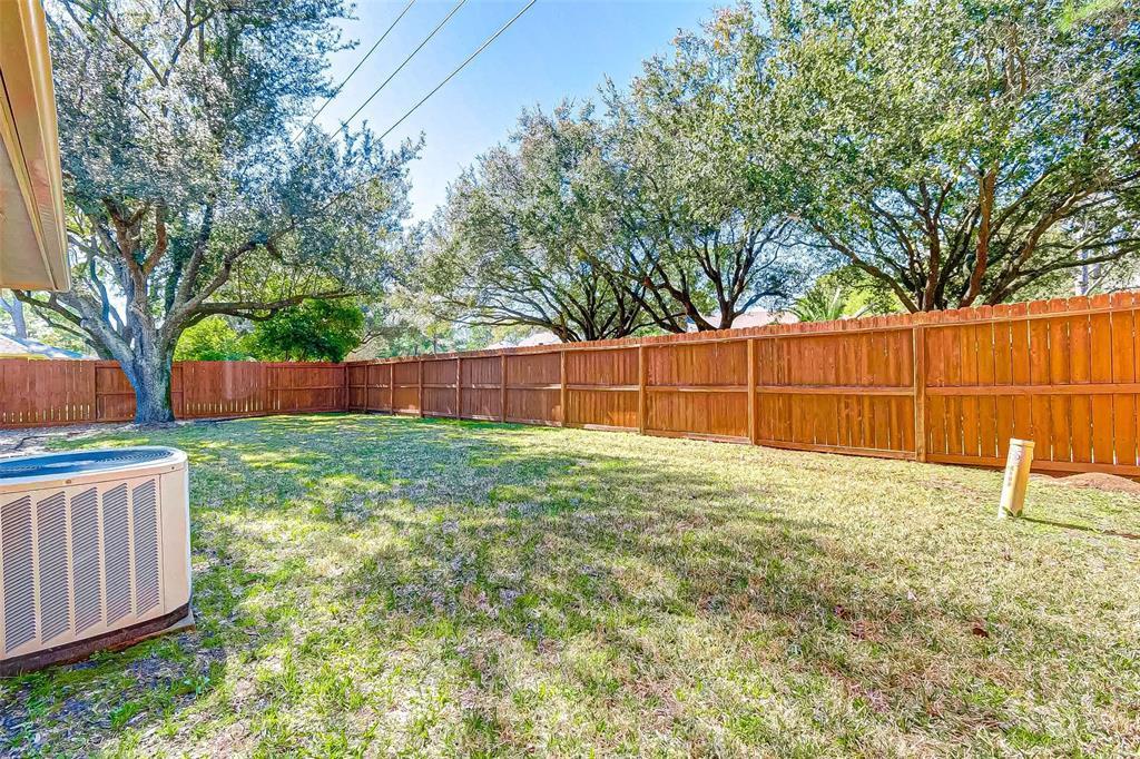 Pending   7603 Shangrila Lane Houston, TX 77095 41