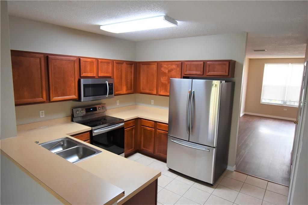 Leased   6330 OSPREY LAKE CIRCLE RIVERVIEW, FL 33578 6
