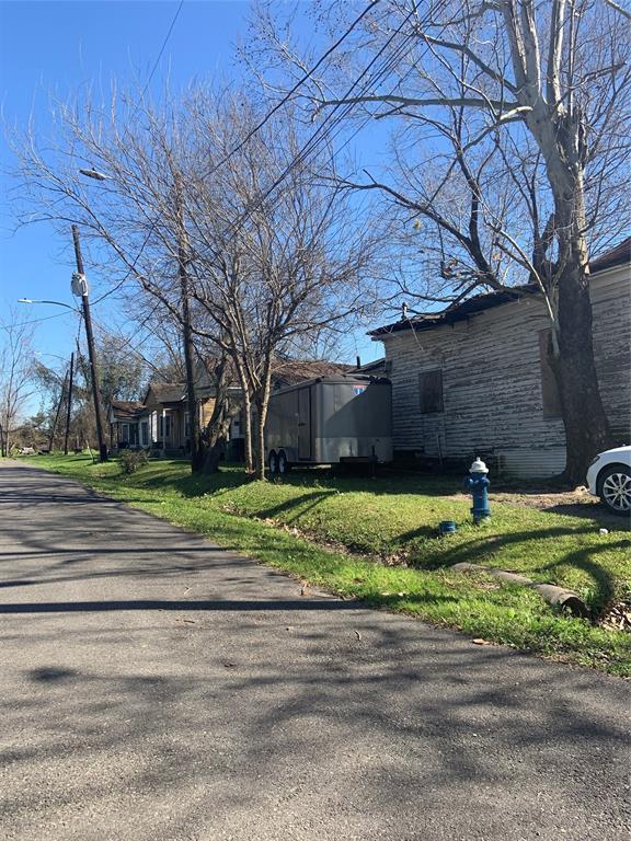 Active | 1508 West Street Houston, TX 77026 0