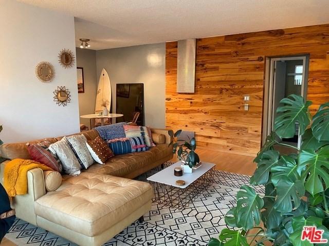 Property for Rent | 1918 11TH Street #C Santa Monica, CA 90404 0