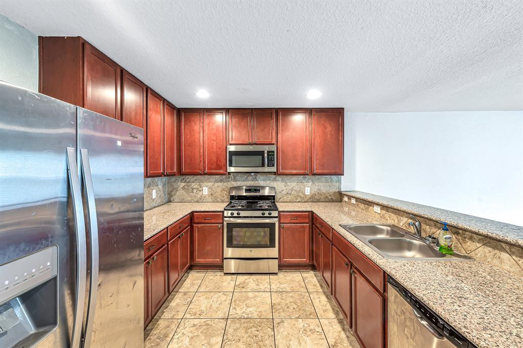 Active | 3339 Upland Spring Trace Katy, TX 77493 7