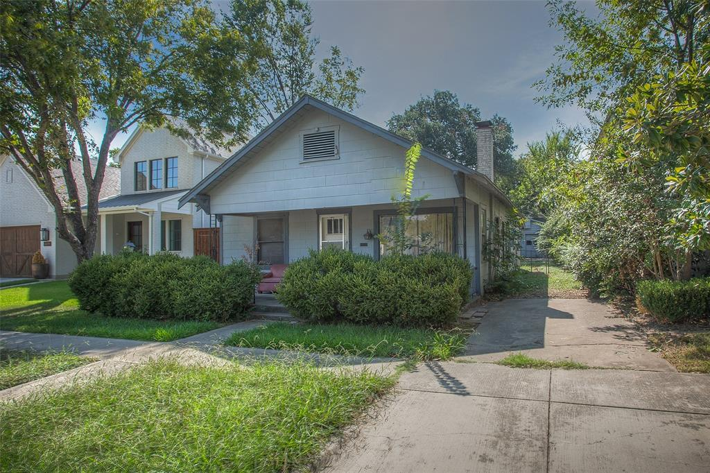 Active | 4023 Bunting Avenue Fort Worth, TX 76107 1