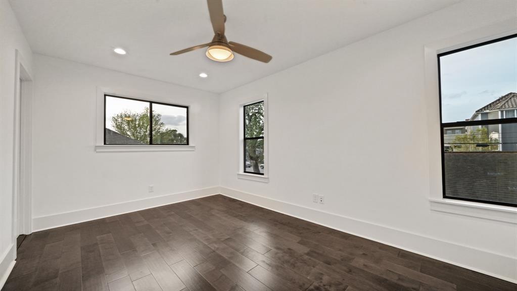 Active   1343 Laird Street Houston, TX 77008 18