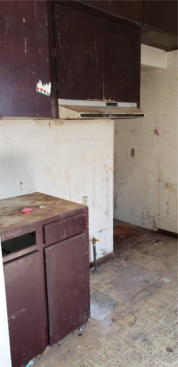 Closed | 164 N 9th Avenue Upland, CA 91786 11