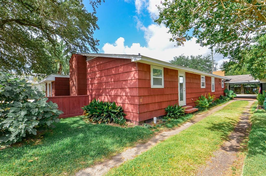 Active | 5802 1st Street Katy, Texas 77493 32