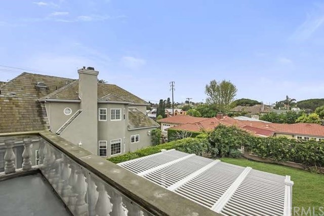 Active Under Contract | 811 California  Street El Segundo, CA 90245 15