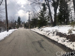 Closed | 22 Fredalba Road Running Springs, CA 92382 8