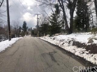 Closed | 22 Fredalba Road Running Springs, CA 92382 32