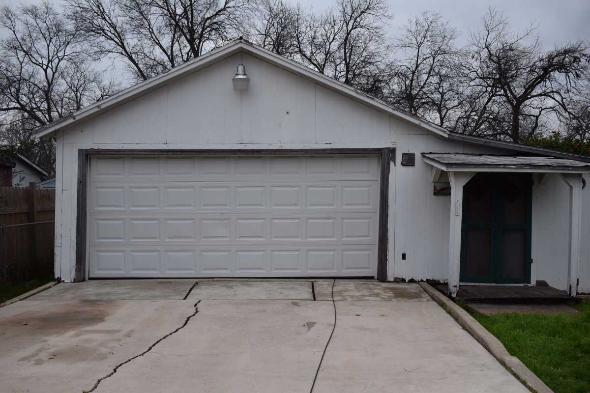City Base  | 314 Fairview Ave San Antonio, TX 78223 14
