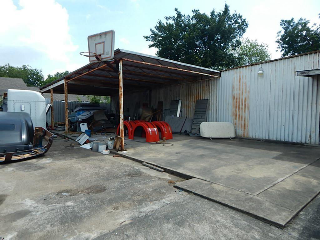 Active | 1705 Hopper Houston, Texas 77093 16