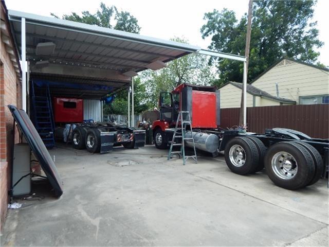Active | 1705 Hopper Houston, Texas 77093 17