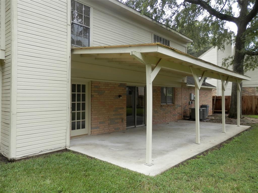 Pending   11414 Bent Way Street Cypress, TX 77429 14