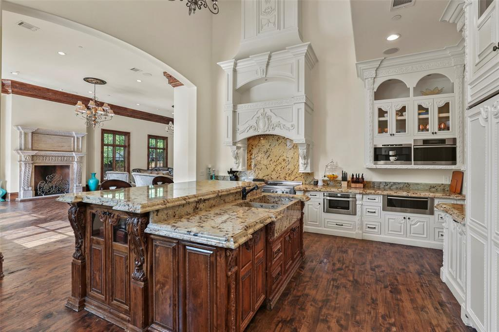 Active | 5943 Walnut Hill Lane Dallas, TX 75230 10